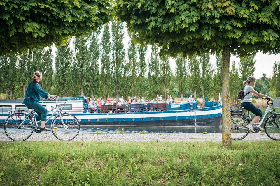 baladez vous sur les chemins de halage du Canal du centre