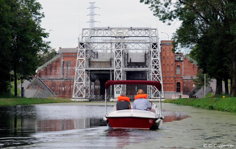 Flotte de bateaux électriques à la Cantine des Italiens